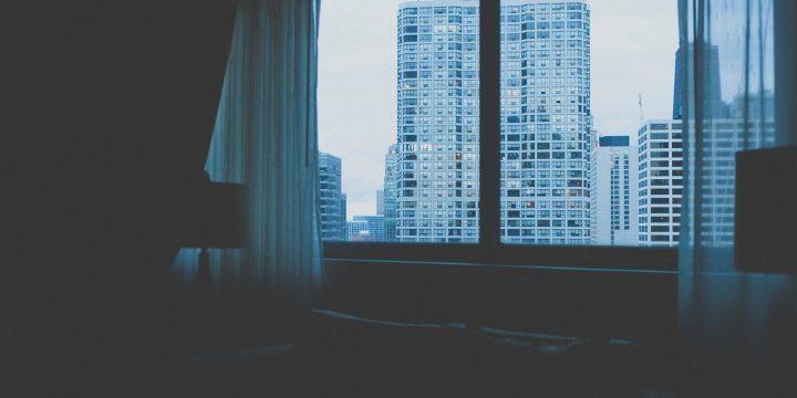 Jak pozbyć się nieprzyjemnego zapachu z mieszkania?