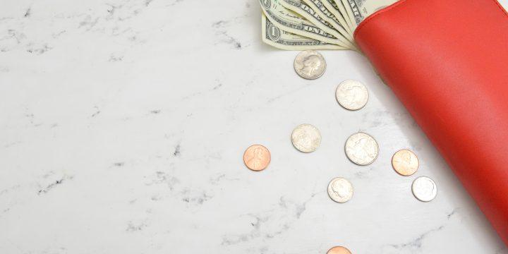Długi małżonka a podział majątku – jak to zrobić?
